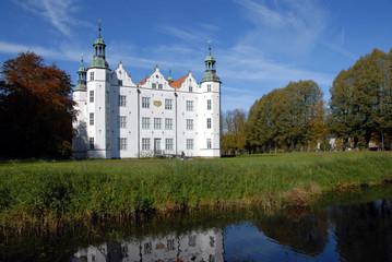 Schloss Ahrensburg, Herbstwetter, Schleswig-Holstein, Ahrensburg