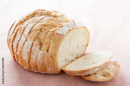Round bread cut