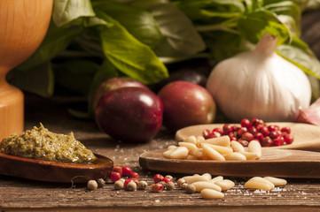 ingredienti per il pesto alla genovese