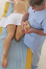 Kinésithérapeute - Massage du pied