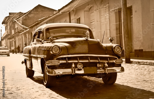 Aluminium Cubaanse oldtimers Classic Chevrolet in Trinidad, Cuba