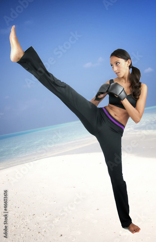 Karate / Fitness Girl