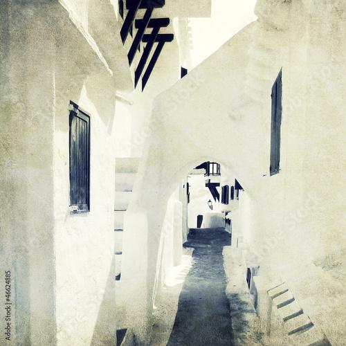 white washed passage