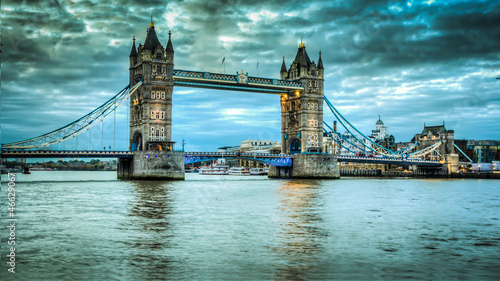 Tower bridge - 46629067