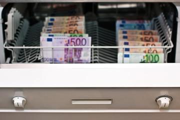 Geldwäsche mit Euronoten