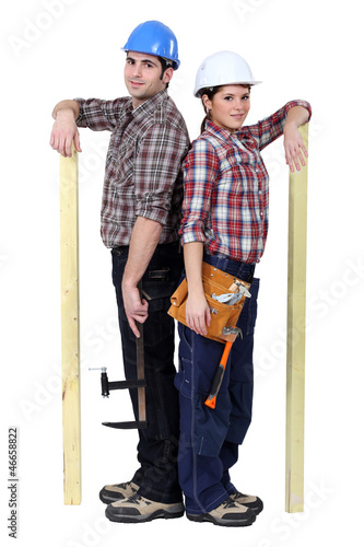Handyman couple back to back