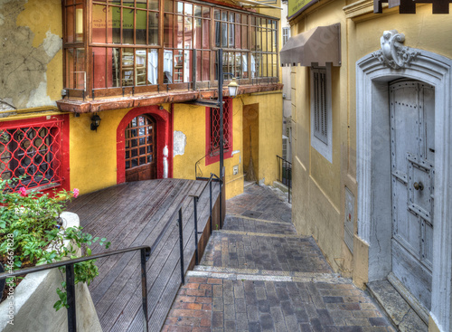 Alleyway, Old Town, Cannes