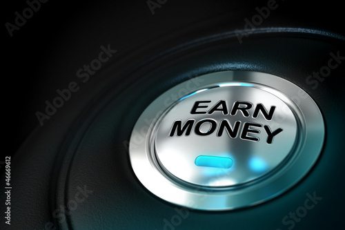earn money text written onto a metal button