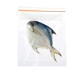 keep your seafood always fresh in the zipper plastic bag