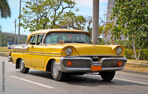 Aluminium Cubaanse oldtimers Classic Oldsmobile in Havana.