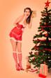 Neugieriges Pin Up Weihnachtsgirl