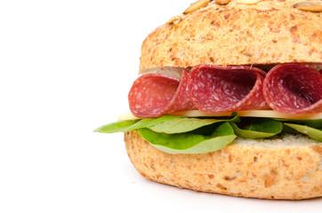 Brötchen mit Salami und Käse