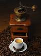 Kaffee mit Kafeemühle