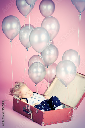 sleeping with balloons