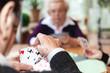 canvas print picture - Drei ältere Damen spielen Karten