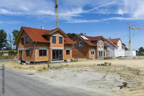 Neubaugebiet einer Wohnsiedlung - 46756832