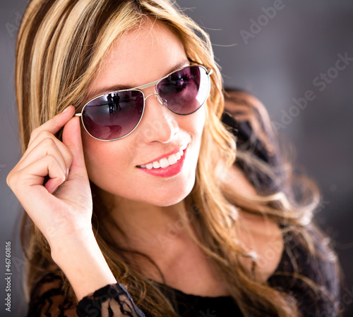 Woman wearing shades