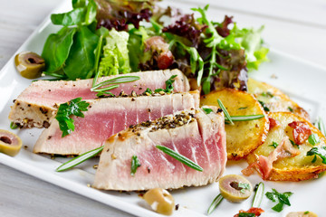 gebratener Thunfisch