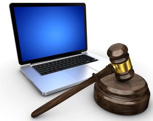 Laptop mit Gerichtshammer