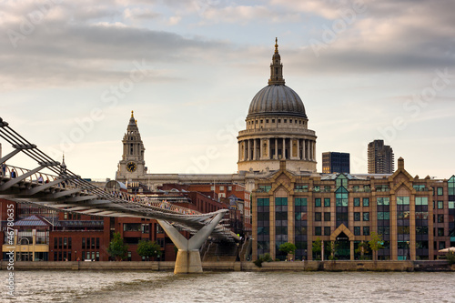 Londra - Millennium Bridge e Saint Paul Cathedral