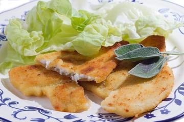platessa impanata con insalata