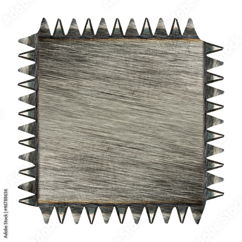 Toothed scratched metal plaque