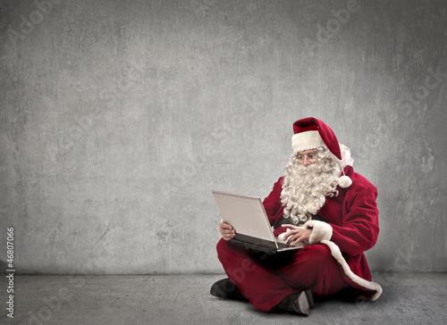 Santa Claus Laptop