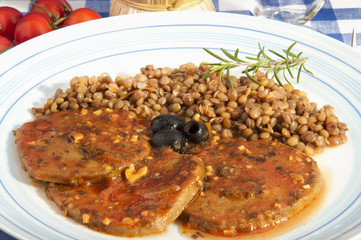 Zone diet (Seitan with tomato) with lentil