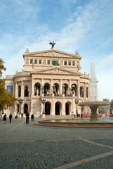 Alte Oper und Opernbrunnen in Frankfurt am Main
