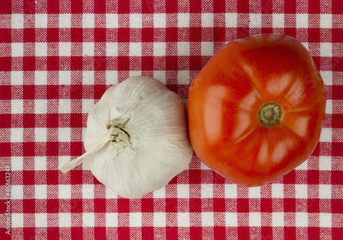Garlic and tomato