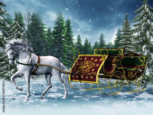 Koń ciągnący sanie w zimowym lesie
