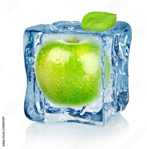 Ice cube and apple - 46883497