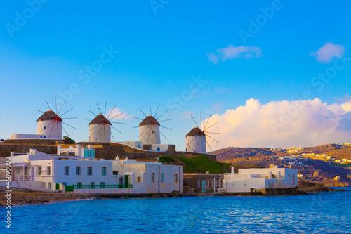 Staande foto Athene Widnmills view from the heart of Little Venice in Mykonos Island