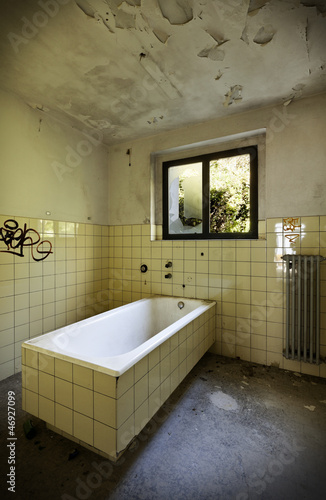 abandoned building, old bathroom