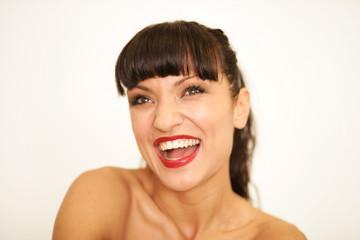Junge Frau mit perfektem Lächeln