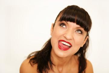 Schöne Frau mit Zahnpastalächeln