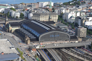 Hauptbahnhof Hamburg, HBf, Bahn, Eisenbahn, Schienenverkehr