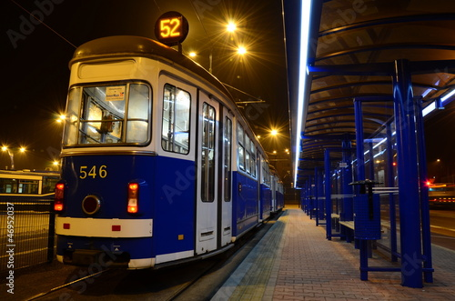Vintage tram by night - 46952037