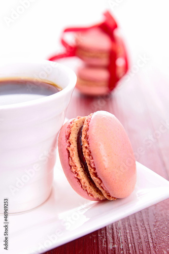 coffee and macaroon