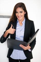 Erfolgreiche, attraktive Geschäftsfrau