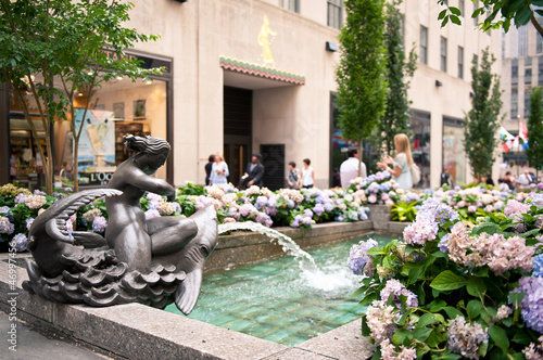 Rockefeller Center fountain on Fifth Avenue, NYC.