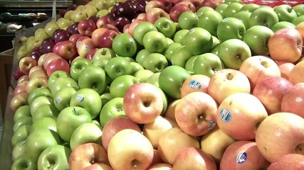 Apples Variety Pan Up
