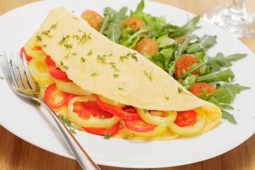 Omelette mit Paprika und Rucola