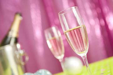 Table de soirée - 2 verres de Champagne