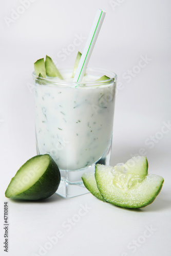 healthy kefir with cucumber