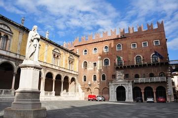 Piazza dei Signori in Verona / Italien