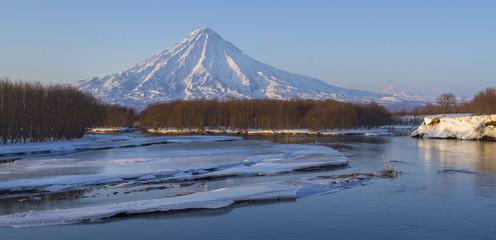 volcano kronotsky