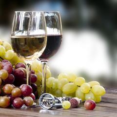 vino rosso e bianco