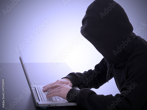 hacker internet crime