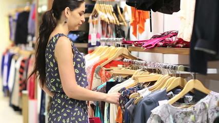 Woman shoplifing